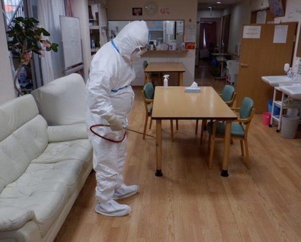 【殺菌消毒】某デイケアサービス緊急臨時殺菌消毒施工サムネイル