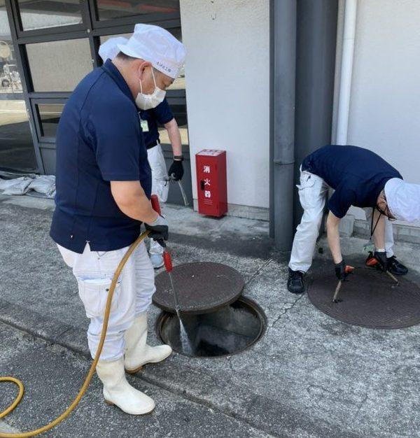 【ゴキブリ駆除】某空港ターミナル施設内  定期防虫駆除施工サムネイル