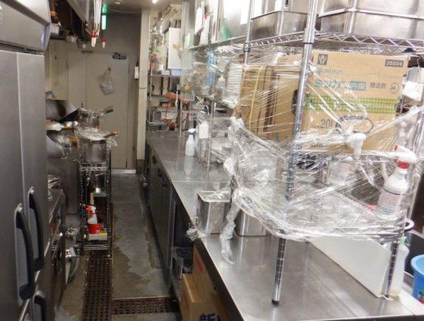 【ゴキブリ駆除】神戸市内 某飲食店  ゴキブリ駆除施工(総防除施工)サムネイル